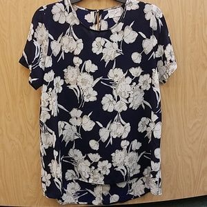 Sienna Sky Size Large Navy Cream Floral Shirt